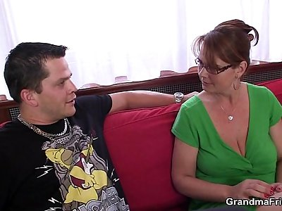 Anal invasion loving mom hops on cock
