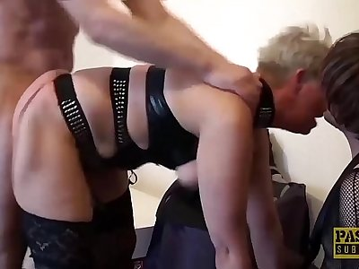 Mature British whore rectally drilled hard before swallowing