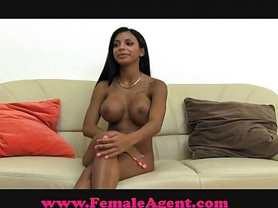 FemaleAgent Tit's to die for.