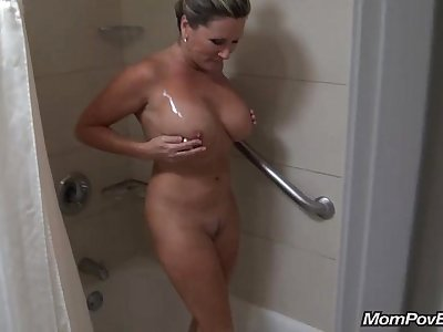 Immense tits milf behind the vignettes