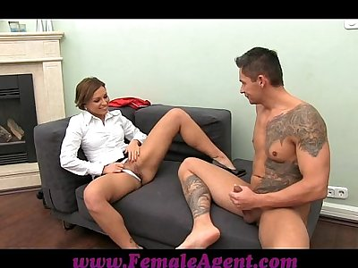 FemaleAgent Cougar cums all over studs cock