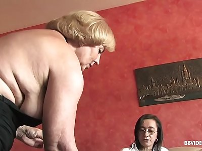 Girl-on-girl German grannies fuck anal with strapon and dildo