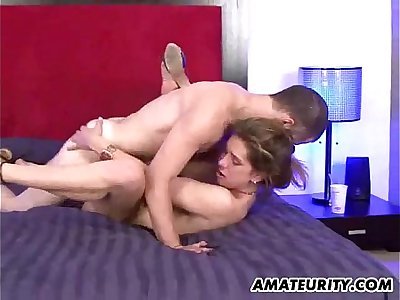 Busty amateur Cougar sucks and tears up with facial