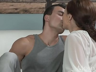 MOM Younger boy fucks aged housewife in the ass