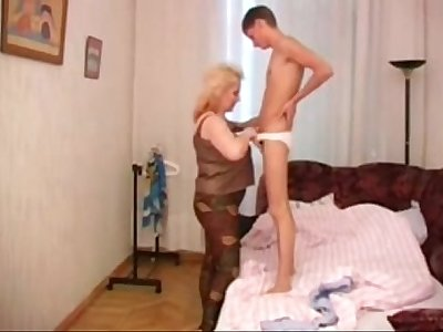 4339283 big hanging tits mommy and not her son