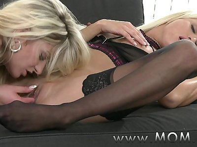 MOM Lezzy MILFs Smooching and Eating Pussy